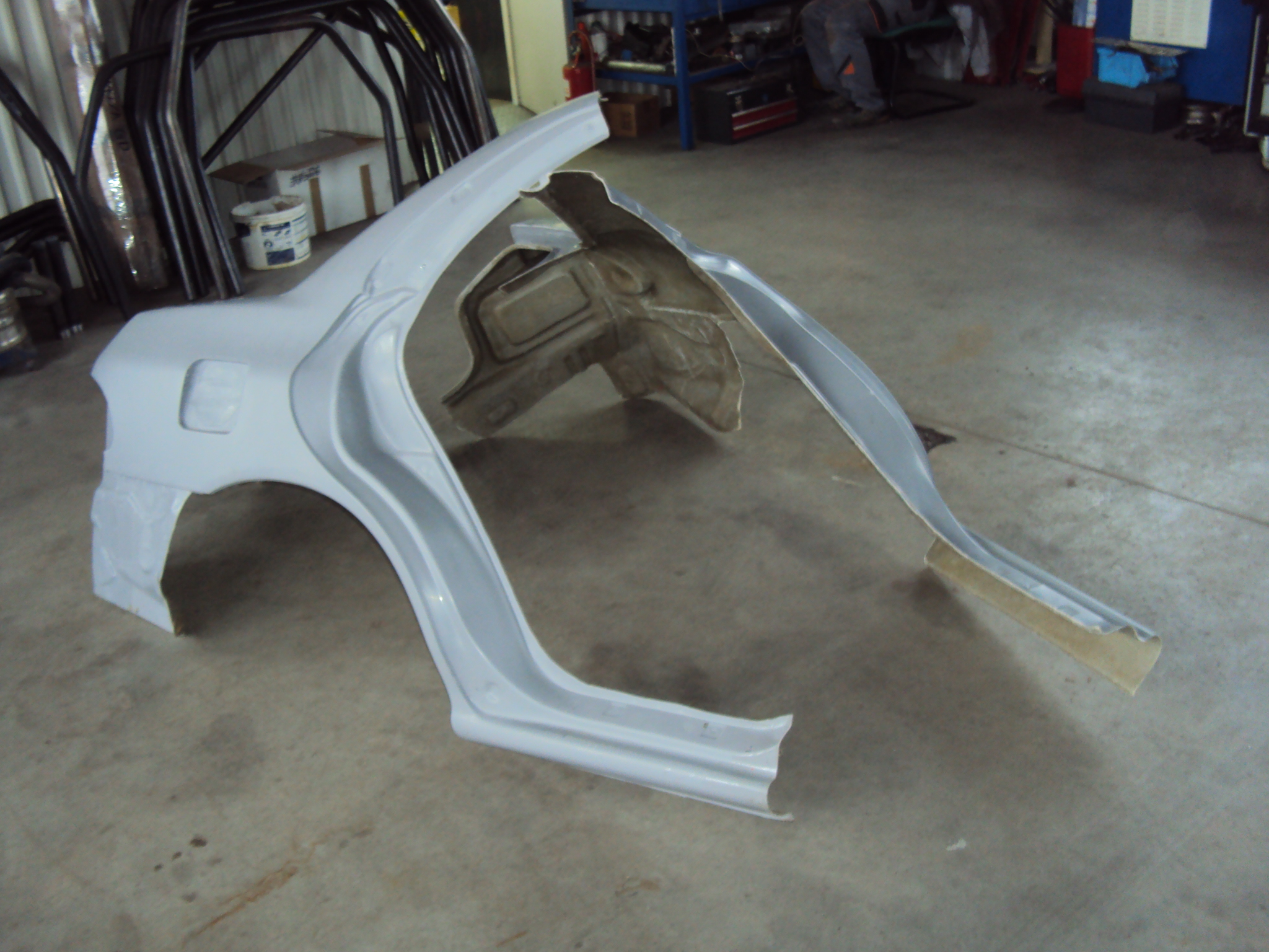 Lekkie b?otniki Subaru Impreza GT