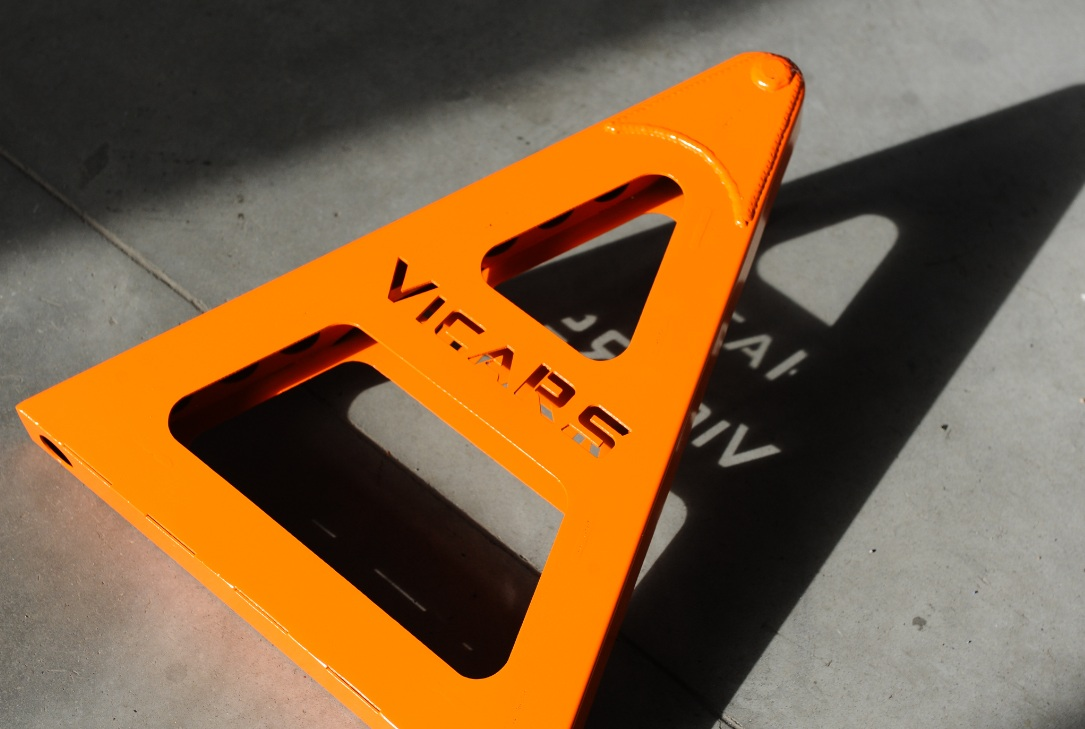 Kobyłki do samochodów sportowych   VicaRS
